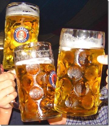 515px-Cheers_beer